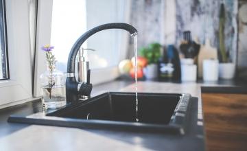 4 sposoby na urządzenie małej kuchni