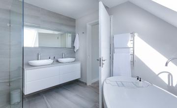 Panele ścienne w łazience – jakie wybrać?