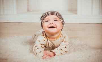 Bezpieczne mieszkanie dla małego dziecka – najważniejsze aspekty